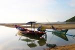 Fisher Boat at Ban Kao